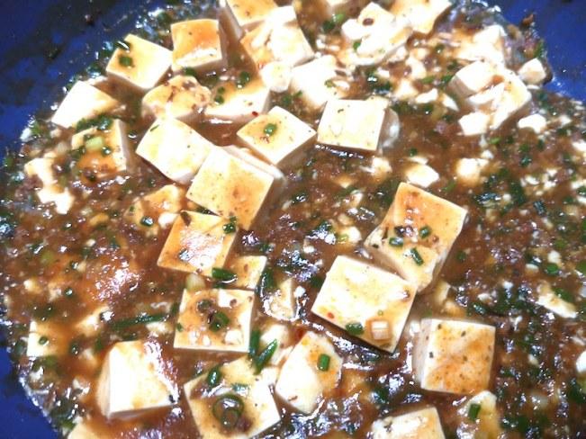 カルティマールマーケットの豆腐を麻婆豆腐