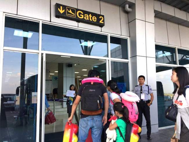 Clark国際空港の到着ゲート