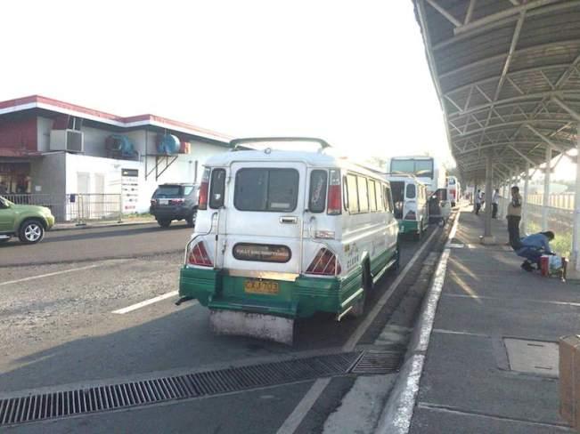Clark国際空港のジプニー