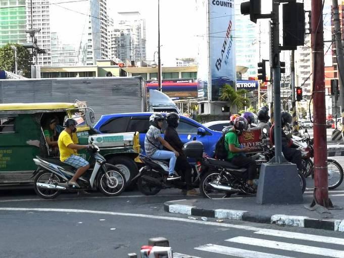 フィリピンのバイクタクシー