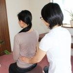 脊柱の触診