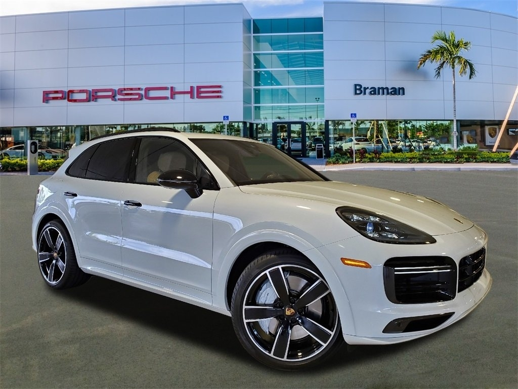 2021 Porsche Cayenne Exterior