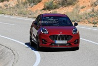 2021 Ford Puma Pictures