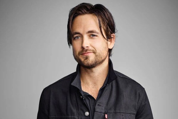 Justin Chatwin Wiki , Age, Height, Girlfriend, Parents, Movies, Net Worth, udpates biography & More