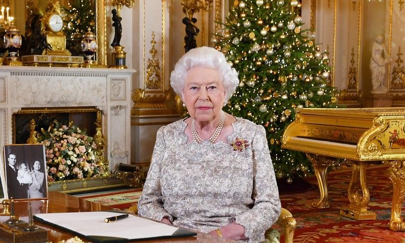 Queen Elizabeth's Christmas Plans Revealed