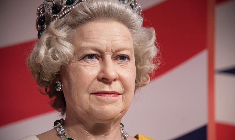 Queen Elizabeth Prince Andrew Wants Return After Jeffrey Epstein Scandal