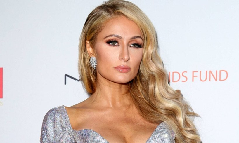 Paris Hilton Looks Like A Pin-Up Model In Classy Bikini Video With Her Perfect Love, Carter Reum - US Daily Report