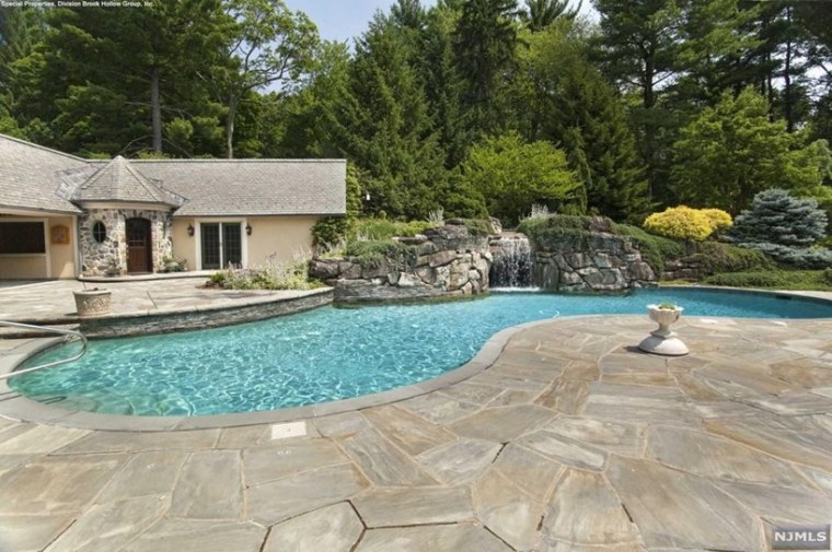 Rosie O Donnell Selling New Jersey Home Photo