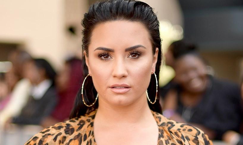 Demi Lovato California Sober Kim Kardashian Photo