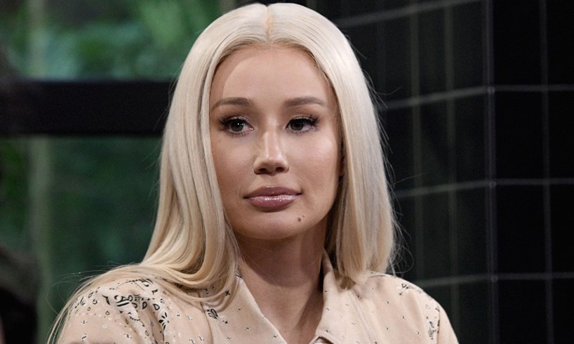 Iggy Azalea Travis Scott Steve Aoki Brooklyn Beckham DMs Allegation