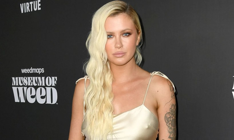 Ireland Baldwin Kim Basinger Alec Daughter Photo Impulsive Decisions