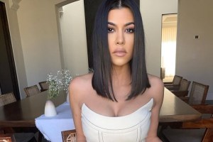 Kourtney Kardashian Keeping Up With The Kardashians Video Dating Travis Barker