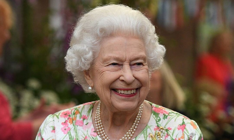 Queen Elizabeth Made Devastating Confession About Abdication And Why She Would Turn Over The Throne To Prince Charles - US Daily Report