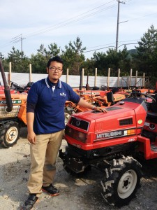 KHS manager and used tractor