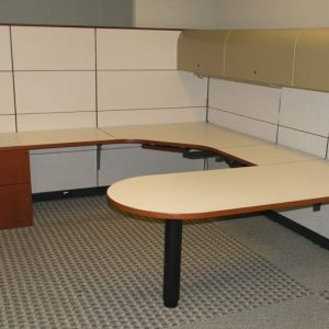 Used Knoll Reff Manager Workstations wMahogany wood and cream fabric Dallas Texas