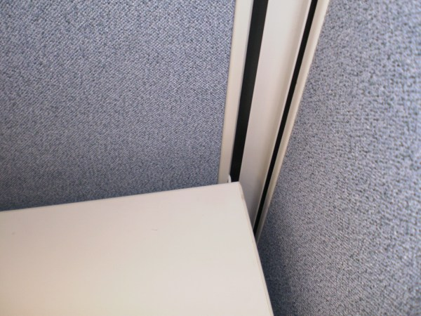 Used Herman Miller AO2 with low panels1