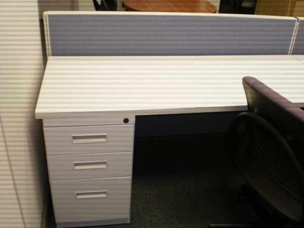 Used Herman Miller AO2 with low panels2