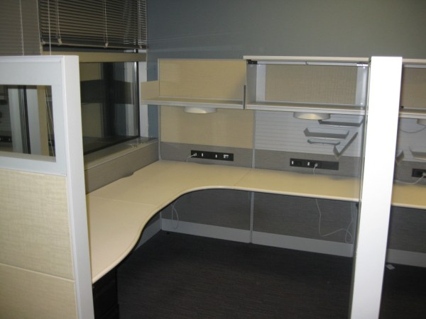 Teknion 6x8 cubicles11