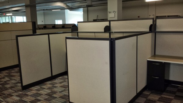 AIS M Wall Used Office Cubicles1