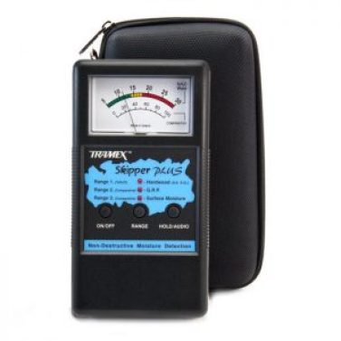 Made for skippers explicitly, able to detect levels of water and saltwater, accurate, sturdy and reliable