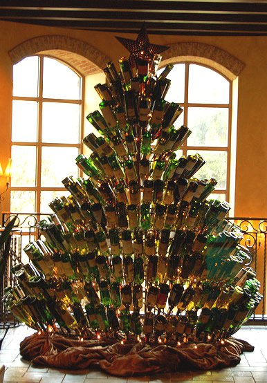 17 Fascinatingly Beautiful DIY Wine Bottle Crafts To Accessorize Your Decor usefuldiyprojects.com (12)
