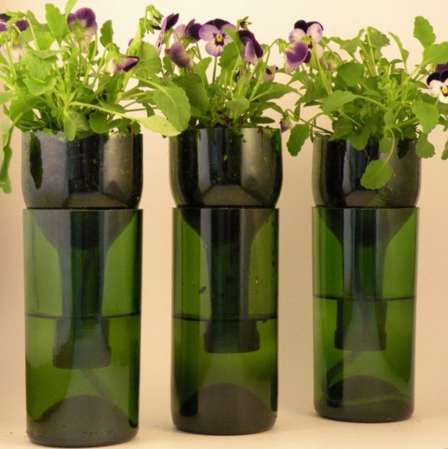 17 Fascinatingly Beautiful DIY Wine Bottle Crafts To Accessorize Your Decor usefuldiyprojects.com (18)
