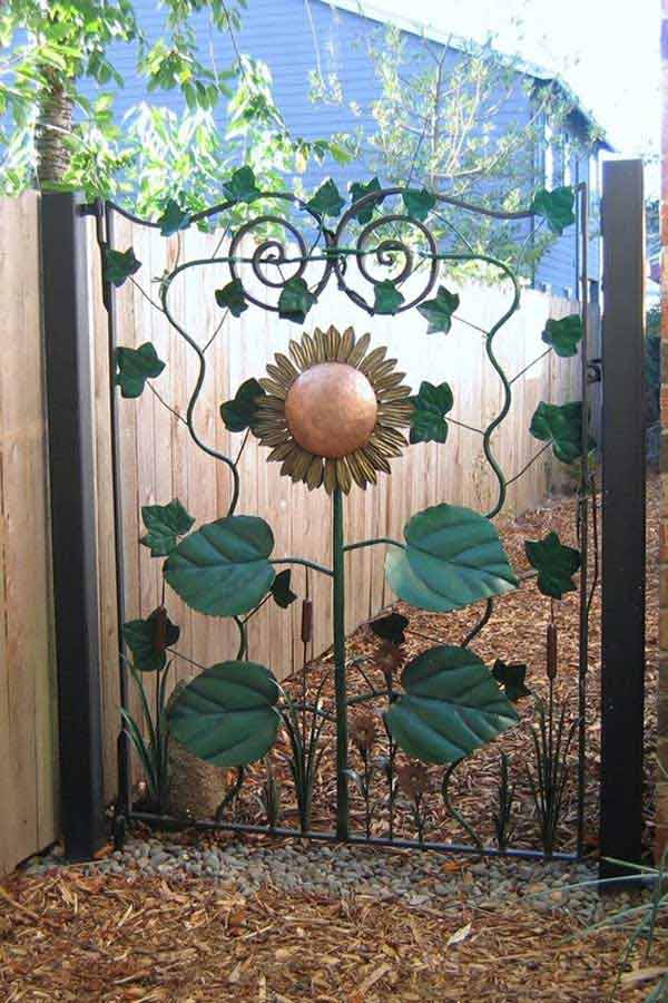 22 Insanely Charming Garden Gate DIY Projects Protecting Greenery in Style usefuldiyprojects.com outdoor space decor (13)