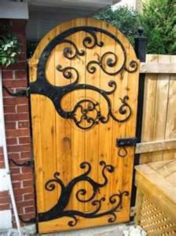 22 Insanely Charming Garden Gate DIY Projects Protecting Greenery In Style  Usefuldiyprojects.com Outdoor Space