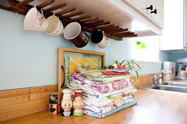 Beau Simple Wooden Under Cabinet Coffee Mug Rack