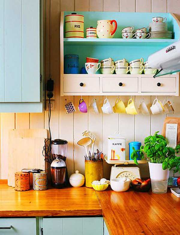 30 Extraordinary Creative and Graphic DIY Mug Storage To Beautify Your Kitchen  usefuldiyprojects.com decor (13)
