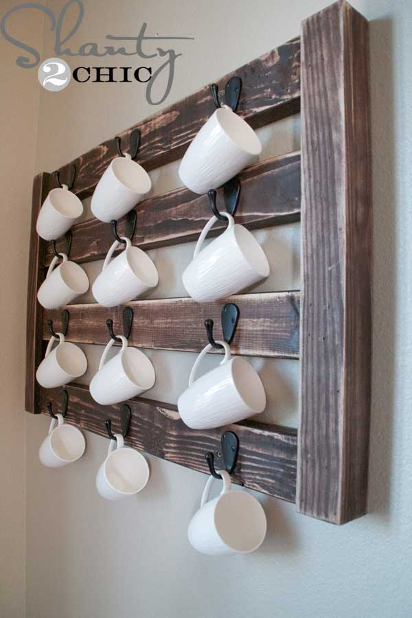 30 Extraordinary Creative and Graphic DIY Mug Storage To Beautify Your Kitchen  usefuldiyprojects.com decor (28)