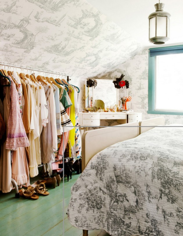 Diy clothing storage solutions for small spaces for Clothing storage ideas for small bedrooms