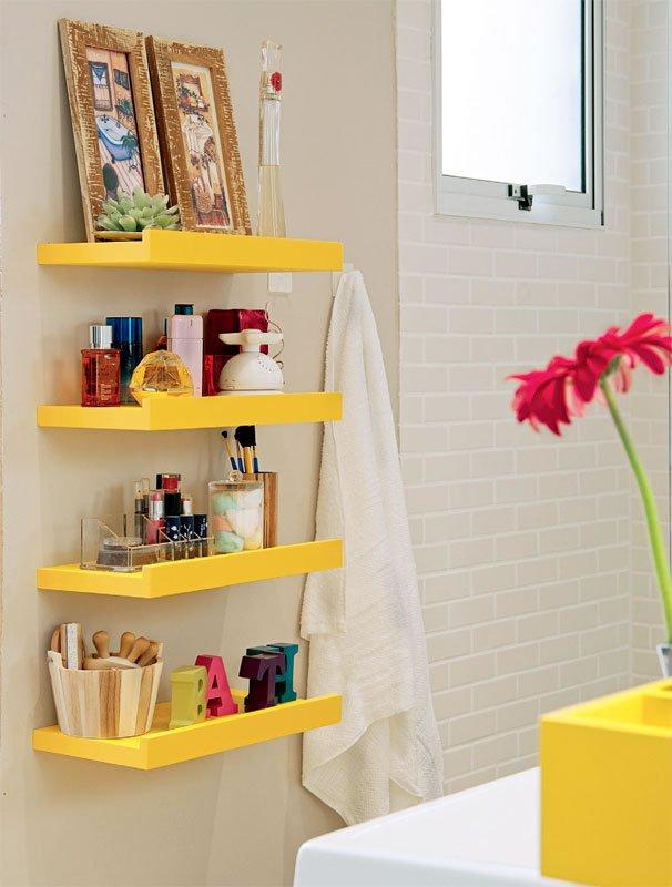 Creative Yet Practical DIY Bathroom Storage Ideas Usefuldiyprojects.com (6)