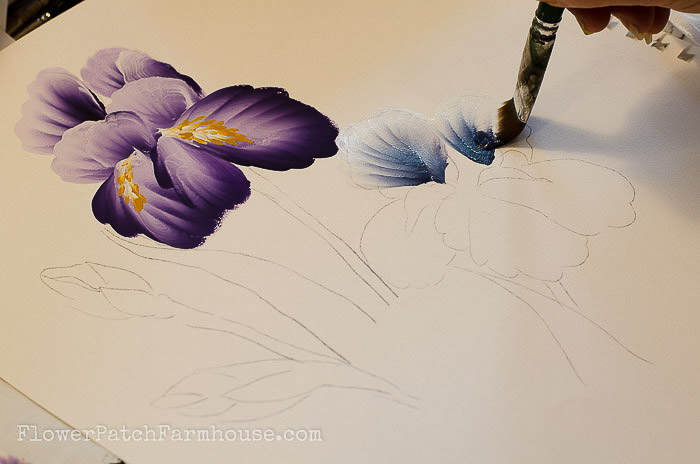 MASTER FLOWER PAINTING TECHNIQUES