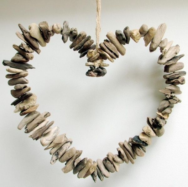 Fill Your Home With 45 Delicate DIY Driftwood Crafts Useful Projects