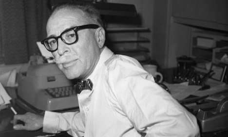 Dalton-Trumbo-pictured-in-007