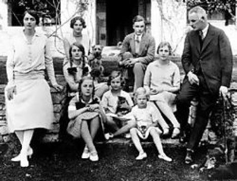 mitford_family