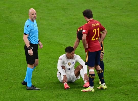 Raphaël varane called on france to … Manchester United defender Raphael Varane picks up injury ...
