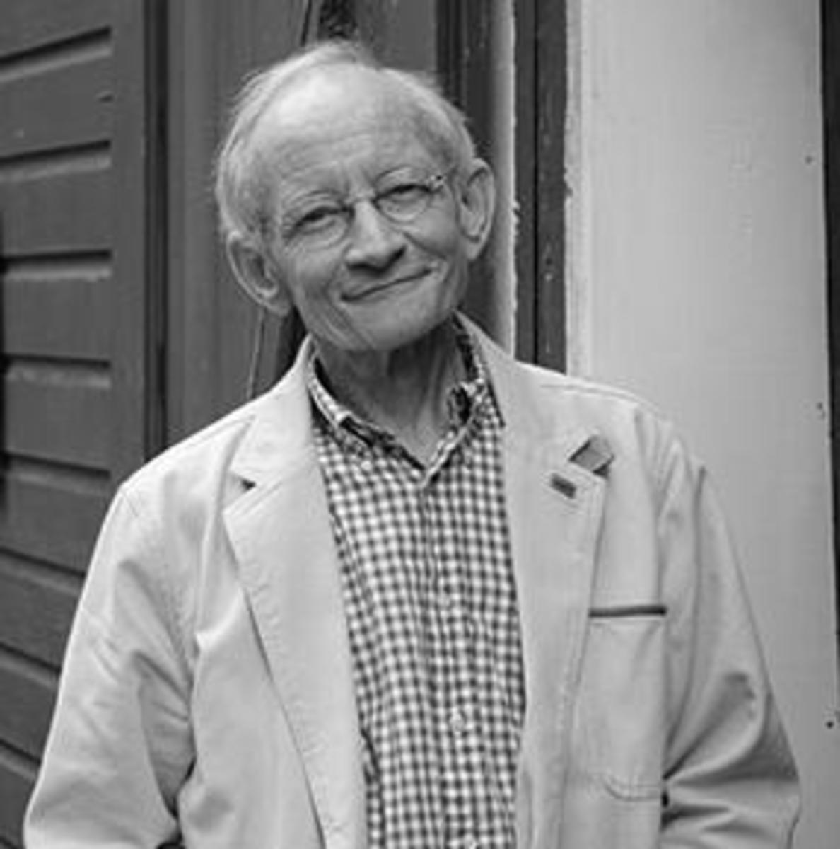 Analysis Of Poem Abandoned Farmhouse By Ted Kooser