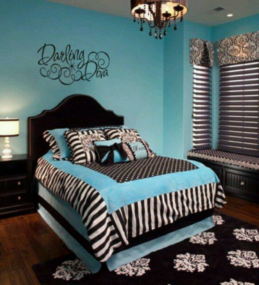20 Teenage Girl Bedroom Decorating Ideas   HubPages on Teenage Decor  id=93405