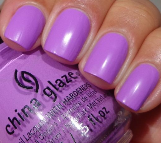 The Hottest Spring Nail Polish Trend