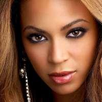 Beyoncé and Rihanna Might Rescue the Super Bowl Halftime Show