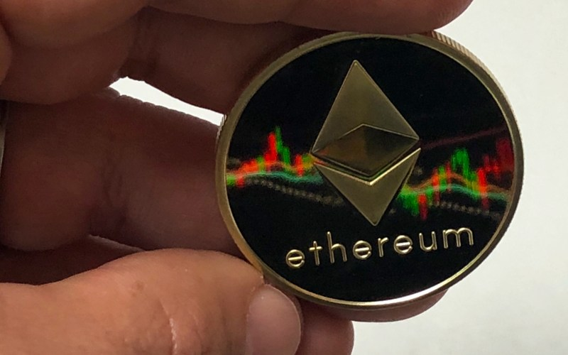 ETHEREUM - Will Ethereum be a Better Investment than Bitcoin in 2018?