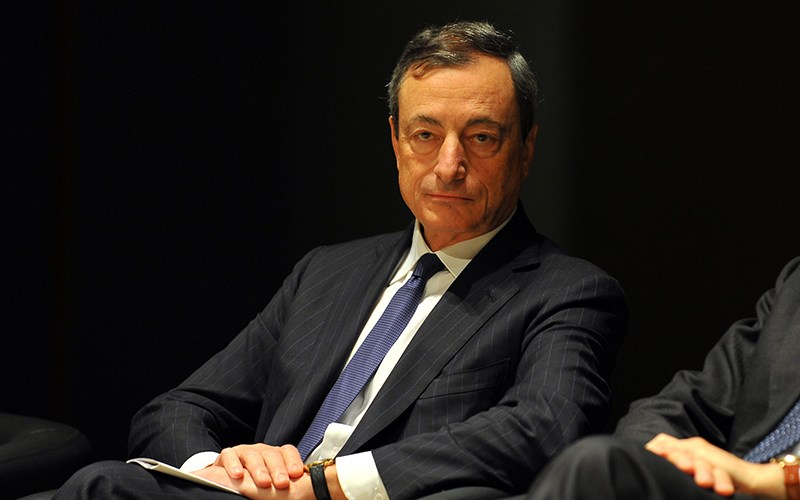 drag - ECB President, Mario Draghi: European Banks Could Hold Bitcoin In The Future