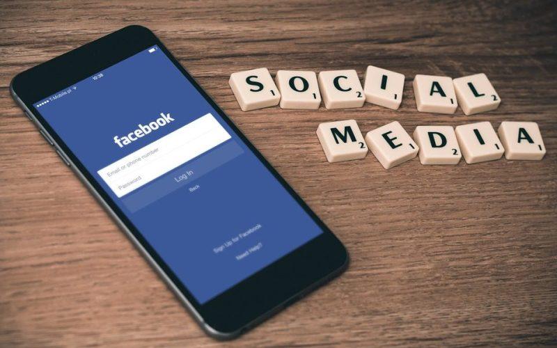Facebook 2 - Facebook Allows Coinbase to Keep Advertising in the Social Platform