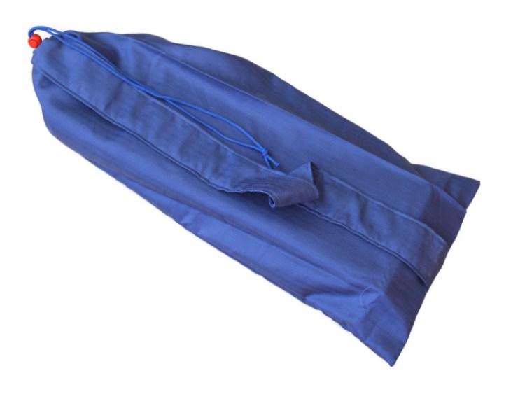 Blauwe buidel voor inklapbaar meditatiebankje