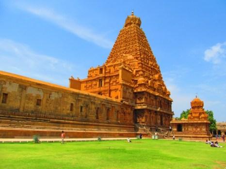 Thanjavur-Brihadeeshwarar-Shiva5