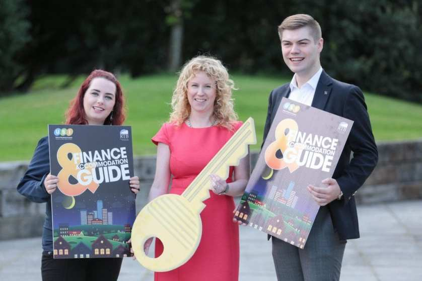 NO REPRO FEE. Maynooth University, 30/08/2016. Pictured here at the launch of the USI and RTB Finance and Accommodation Guide were Annie Hoey, USI President (left), Ms. Rosalind Carroll, Director of the Residential Tenancies Board and Dillon Grace, Maynooth Students' Union President. The guide has a rent book and inventory checklist included, so students can record any damages or missing utensils at the start of the lease, and not be penalised unfairly on their deposit. The guide also provides information on finance and gives budgeting tips for students to financially manage the college year.  Pic: Alan Rowlette ENDS Contact: Annie Hoey, USI President, 087-6776636 Dillon Grace, Maynooth Students' Union President, 01-7086436 Jack Leahy, USI Deputy President, 0861303101 For media requests email Fiona.omalley@usi.ie or call 0874495695 USI is the national representative body for the 354,000 students in third level education on the Island of Ireland.  We are a membership organisation – our members are our affiliated Students' Unions around Ireland, North and South.