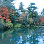 金沢兼六園の紅葉の見頃時期は?混雑具合やアクセスと見所6選を紹介