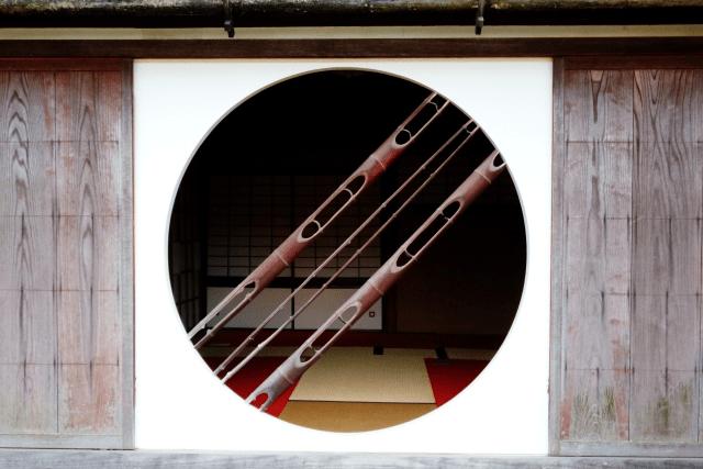 岡山県後楽園に車でGO!インターチェンジからのアクセスと駐車場を紹介